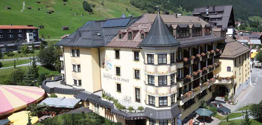 Hotel Alte Post, St. Anton, Austria - hotel exterior.jpg